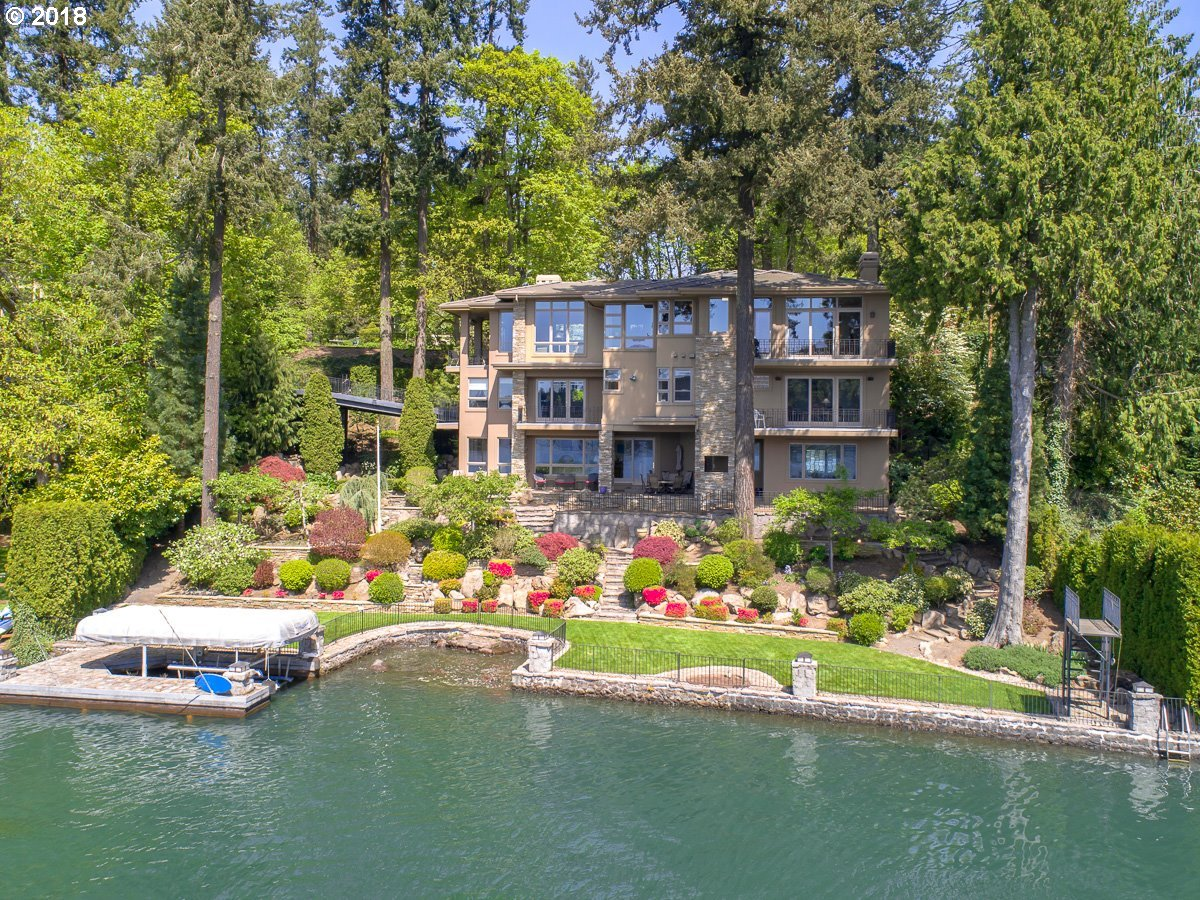 Remarkable Portland Waterfront Properties Home Interior And Landscaping Eliaenasavecom