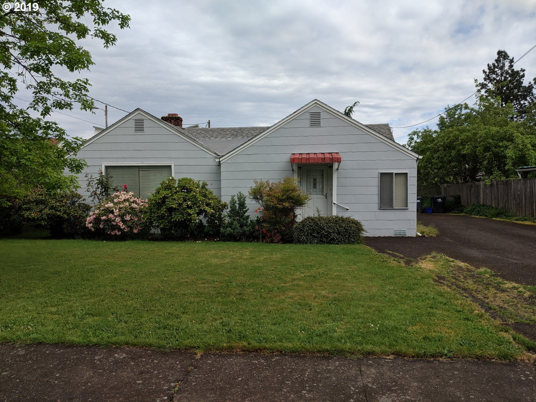 1885 PIERCE ST, Eugene OR 97405