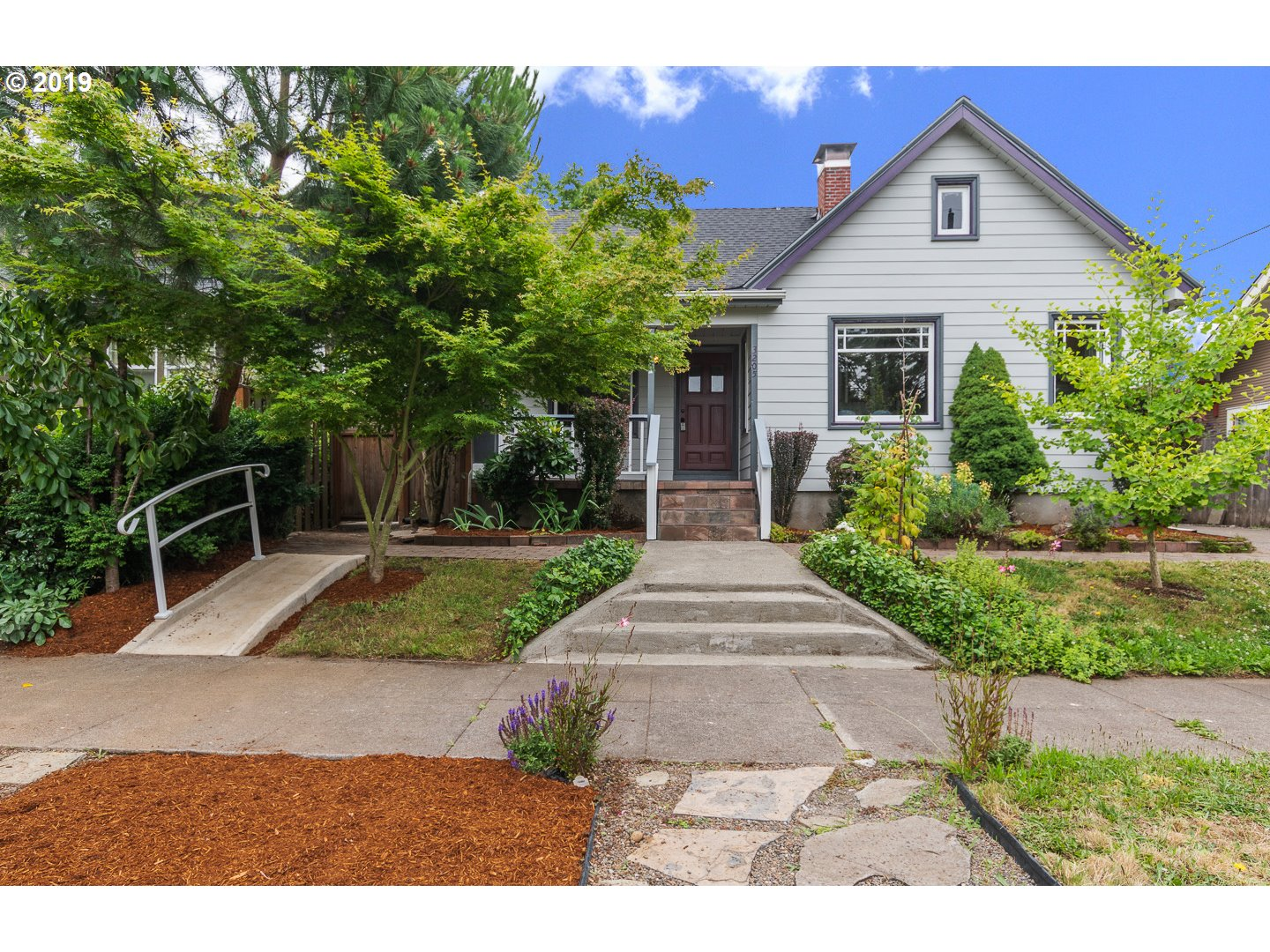 3205 NE 75TH AVE, Portland OR 97213