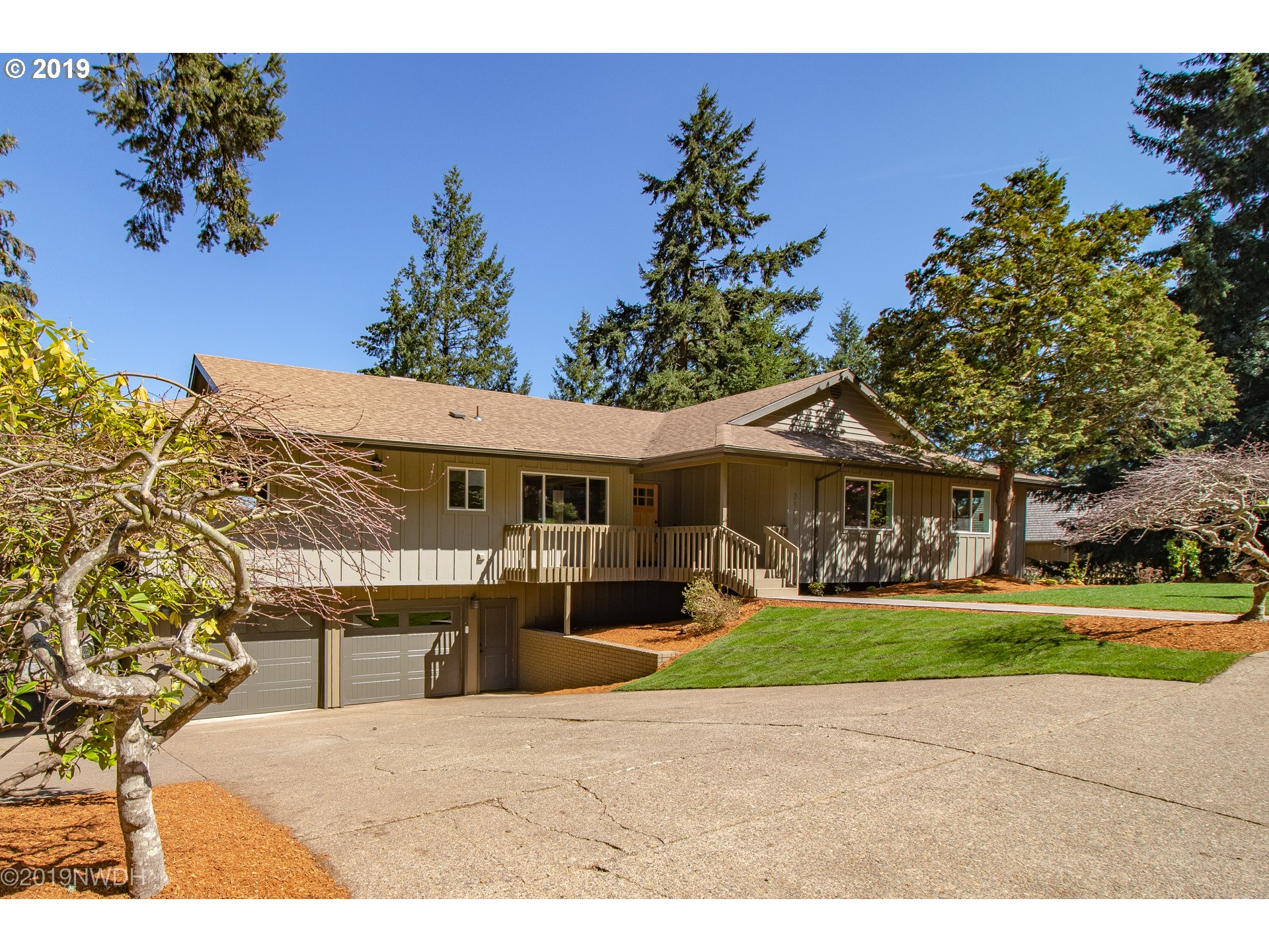 2185 W 29TH AVE, Eugene OR 97405