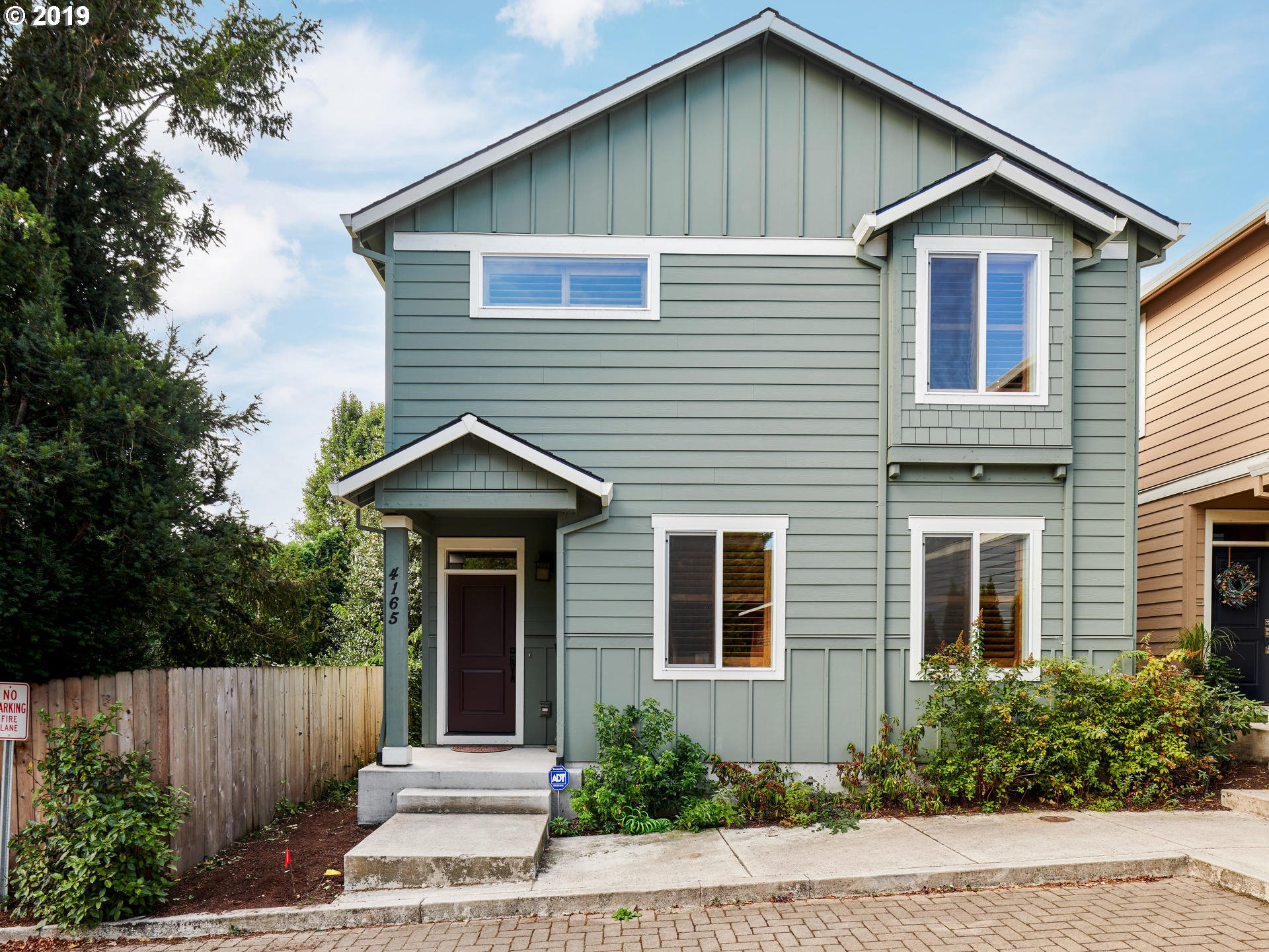 4165 SE 37TH AVE, Portland OR 97202