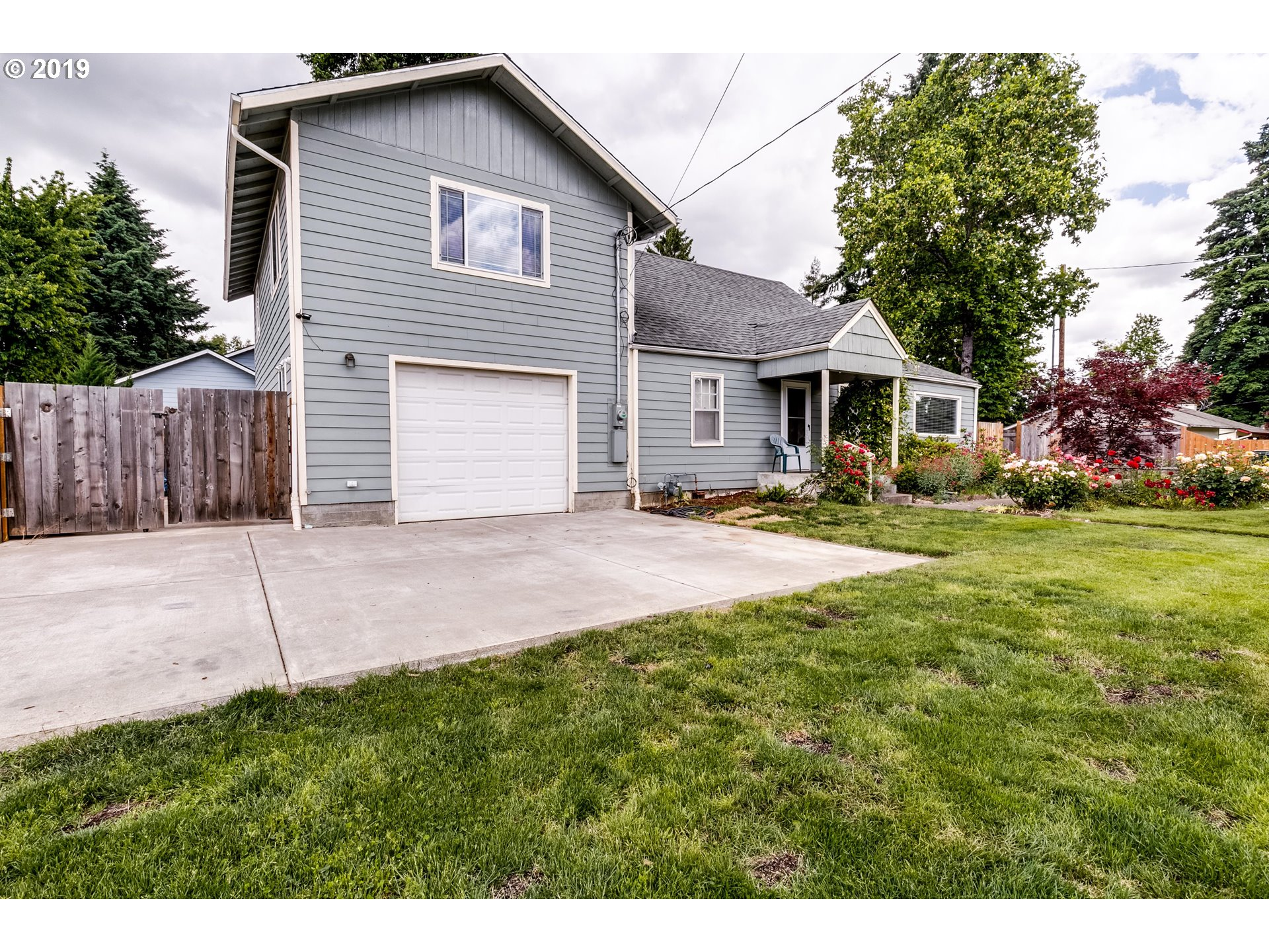 211 OWOSSO DR, Eugene OR 97404
