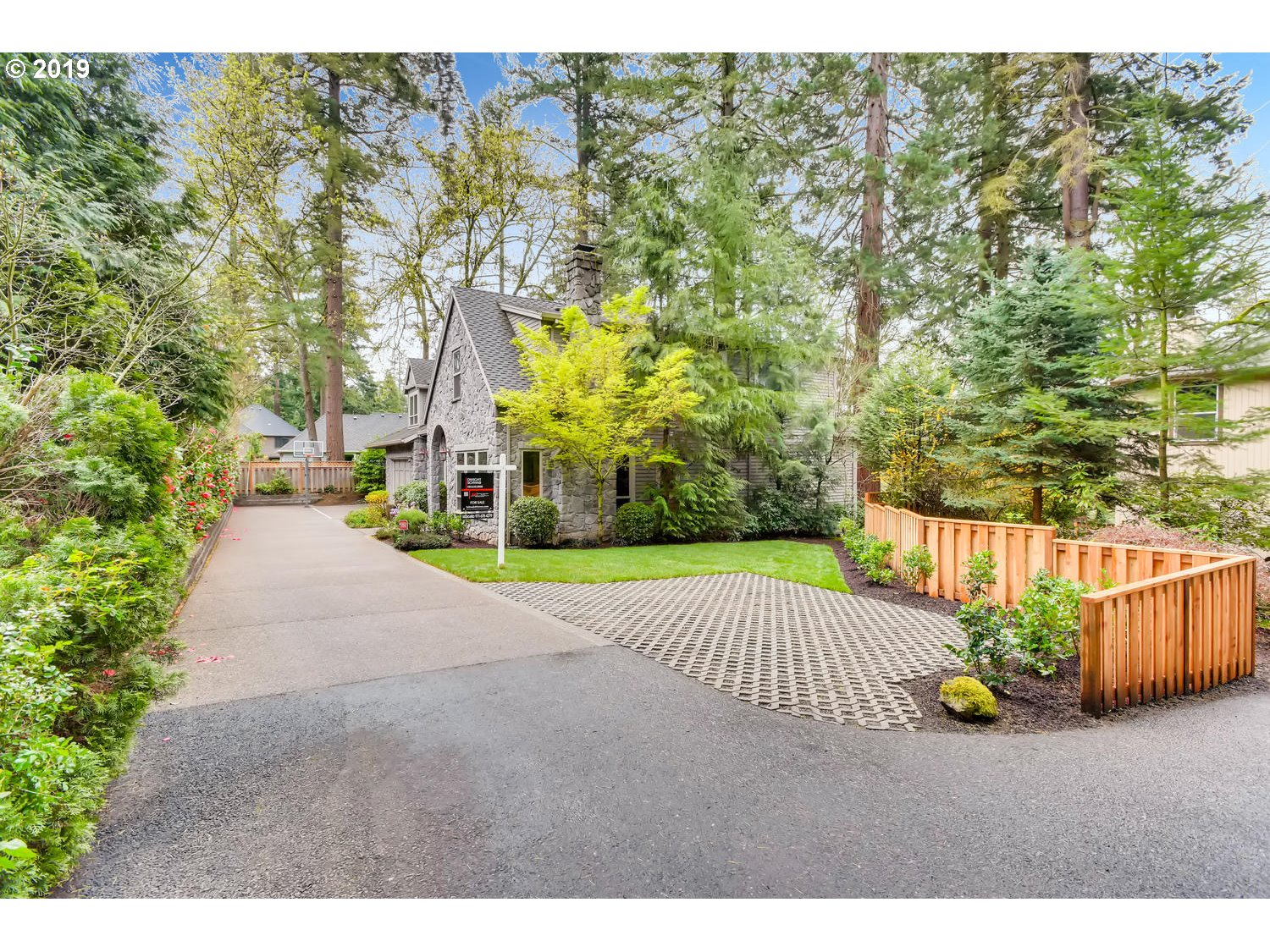 4316 UPPER DR, Lake Oswego OR 97035
