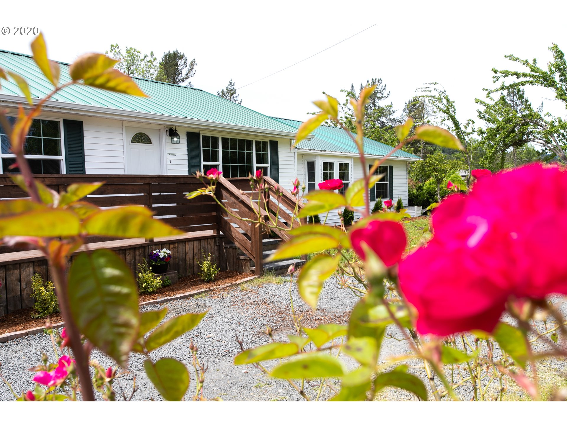33006 LYNX HOLLOW RD, Creswell OR 97426