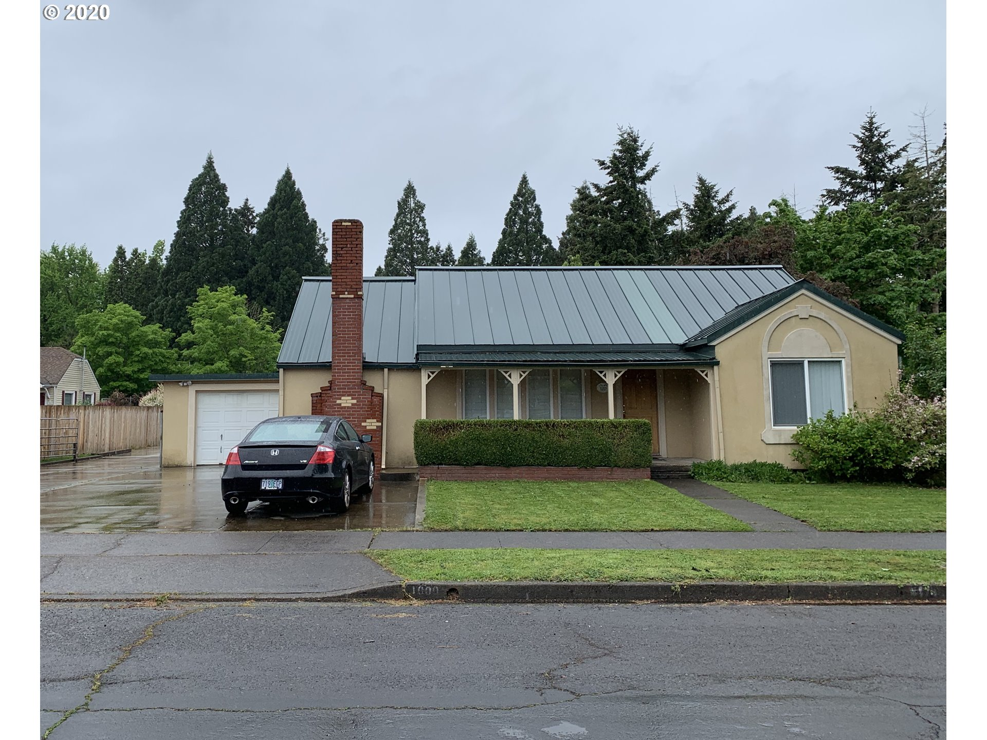1000 3RD PL, Springfield OR 97477