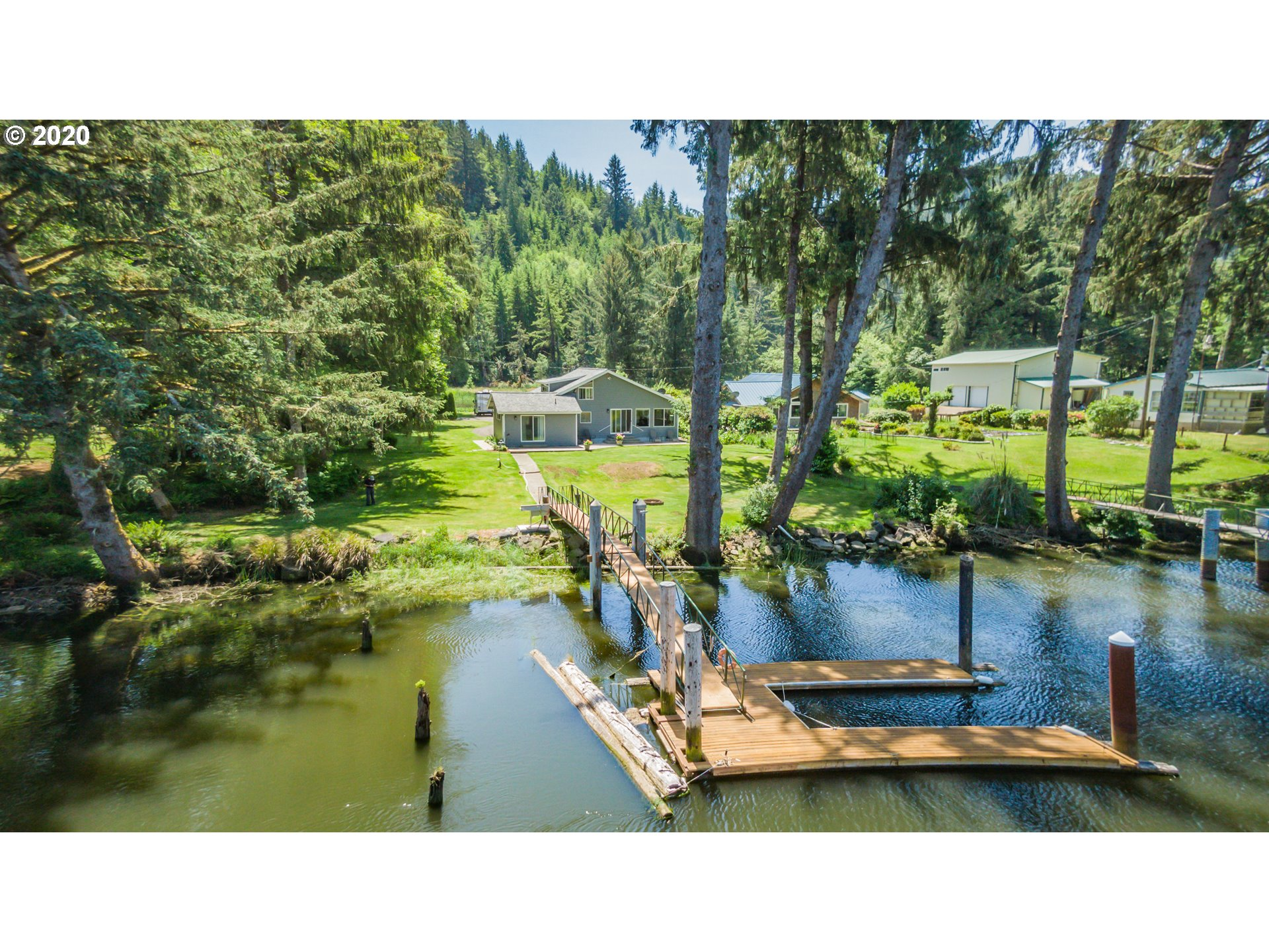 8399 DUNCAN ISLAND RD, Mapleton OR 97453