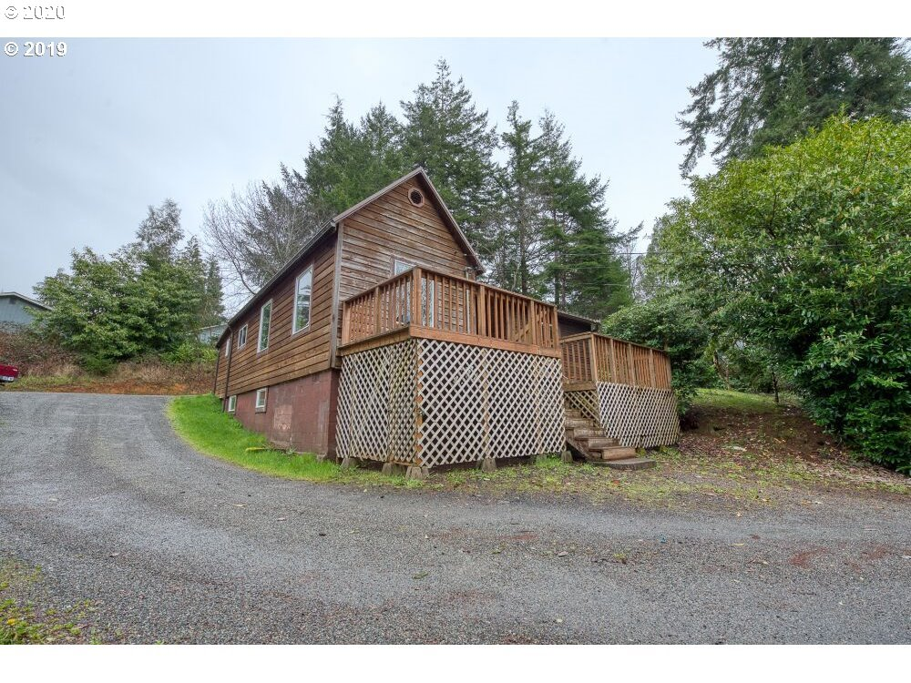 63495 Shinglehouse RD, Coos Bay OR 97420