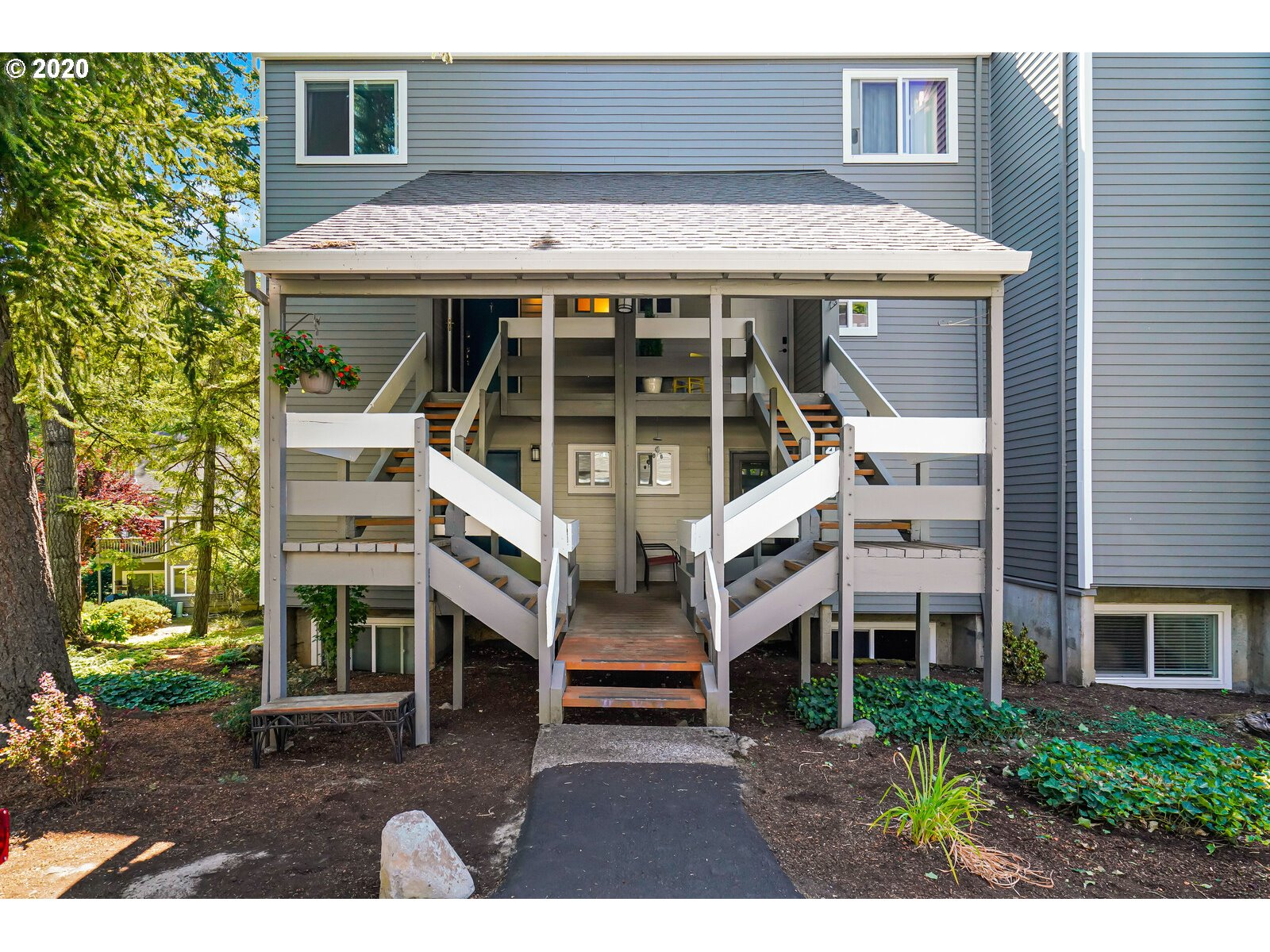 4636 LOWER DR, Lake Oswego OR 97035