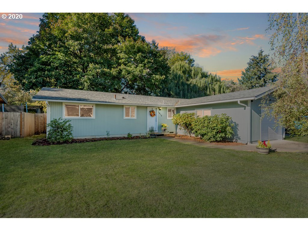 1812 MADRONA CT SE, Salem OR 97302