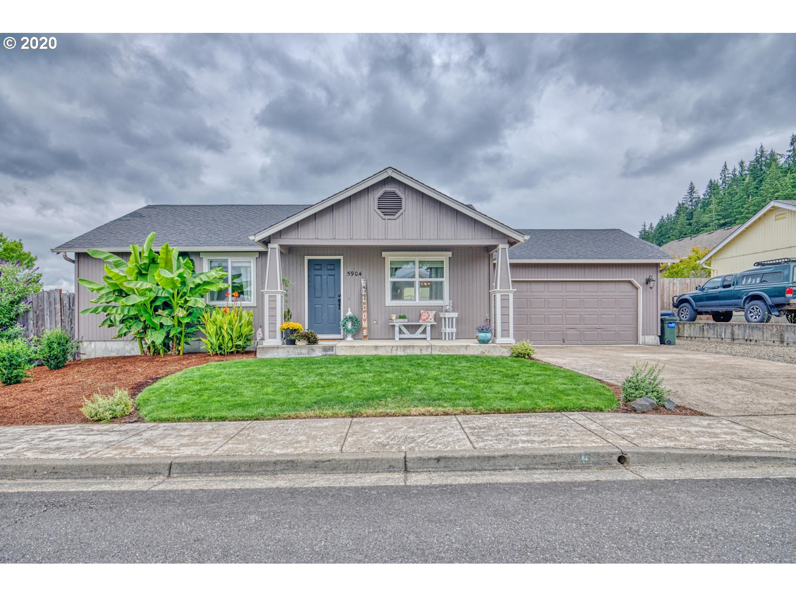 5904 OBSIDIAN AVE, Springfield OR 97478
