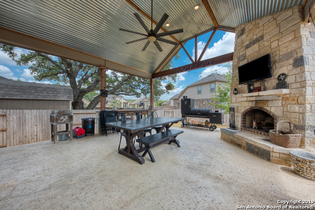 10575 FAR REACHES LN, Helotes TX 78023